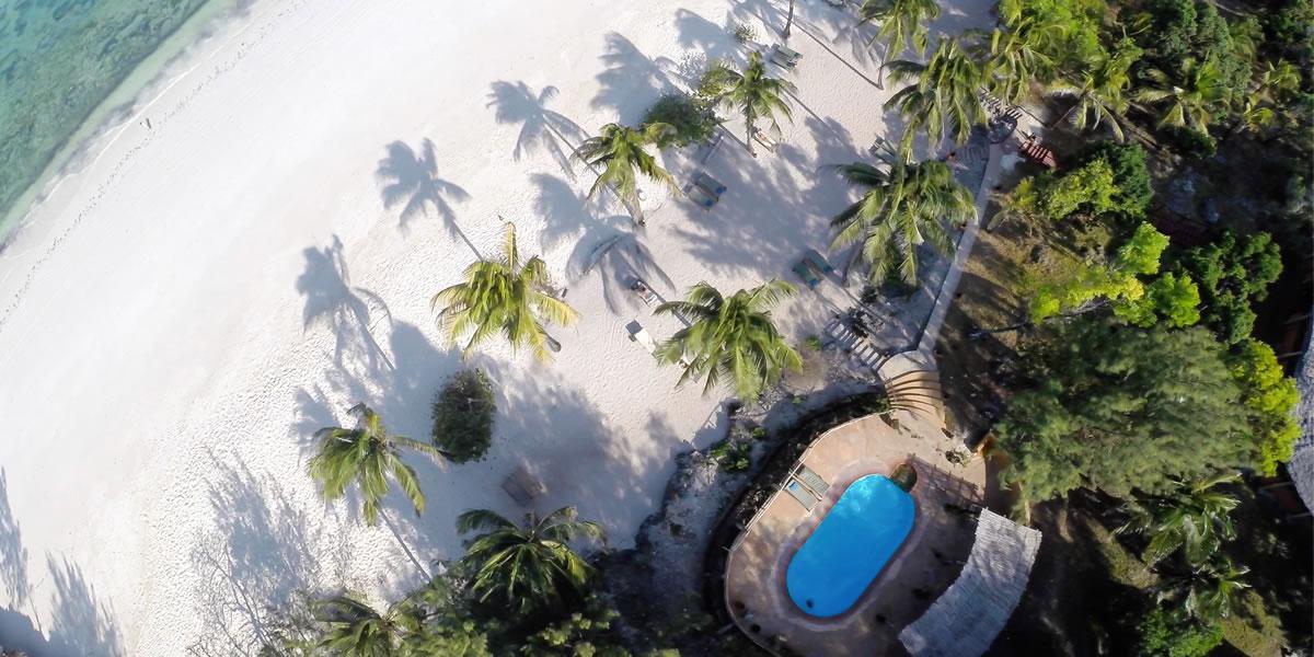 arial-swimming-pool