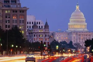 USA, Washington DC, Pennsylvania Avenue and Capitol building