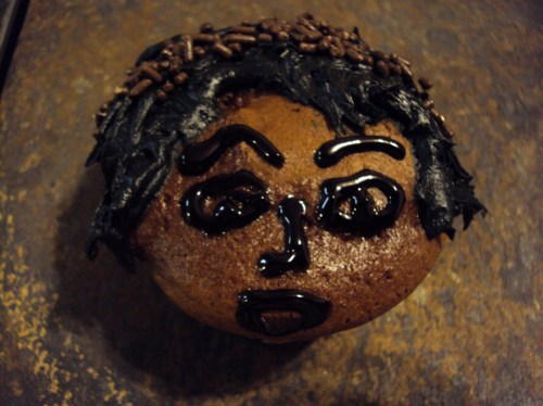 chocolate and black frosting michael jackson cupcake