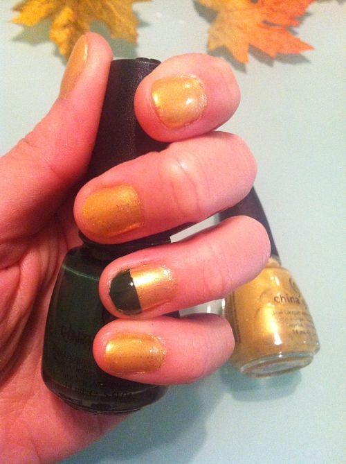 china glaze let it snow champagne bubbles holly-day
