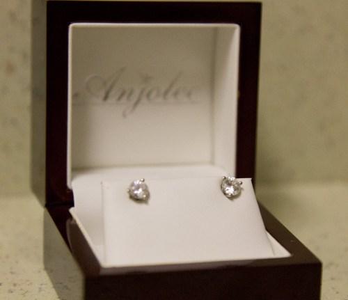 anjolee earrings