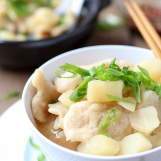 one-pot hand torn noodle potato soup (Sujebi)