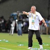 Egypt boss Gharib not worried over Salah's lack of games, advises to consider departure