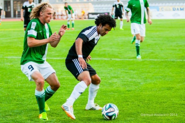 El-Hussieny in action against Flora - the rivals jumped back on top following Levadia's home debacle (Gertrud Alatare Photography)