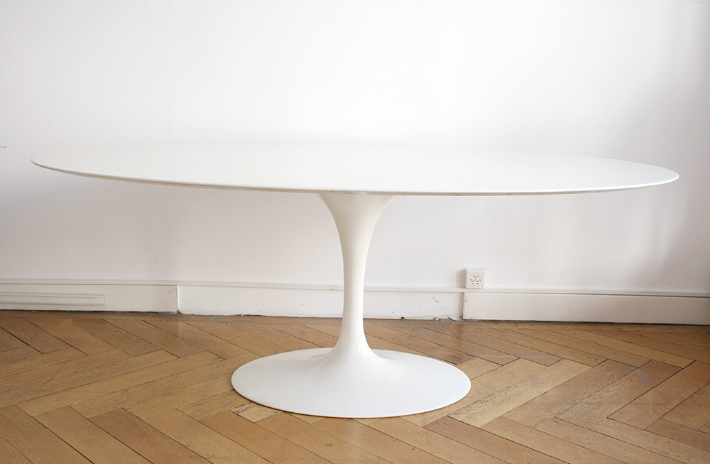 Table tulipe ovale en marbre blanc eero saarinen knoll - Saarinen table ovale ...