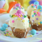 These M&M's® Easter Sundae Cookie Cups are a fun and festive treat perfect for a warm spring day or Easter dinner!