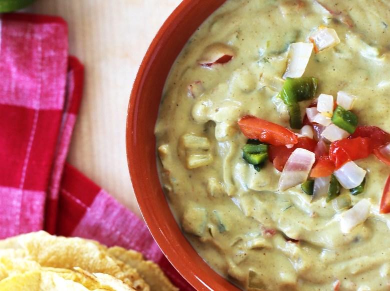 vegan-chili-con-queso-4