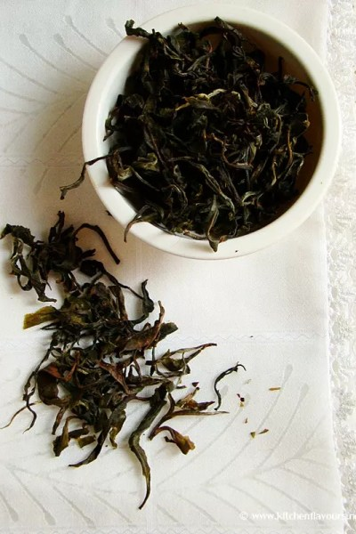 {Product Review} – Handmade Green Tea from Teaneer