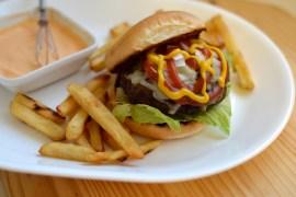 pesto cheeseburgers