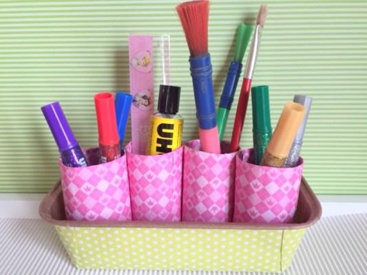 Basteln für den Schulstart: DIY Stiftehalter aus Klopapierrollen