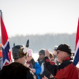 Two supporters of Team Norway at the starting line