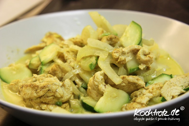Hühnchen-Curry mit Fenchel und Zucchini