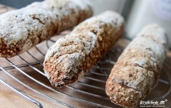 FrauTV-rustikale-Moehren-Quinoa-Baguettes-glutenfrei-hefefrei-1-13