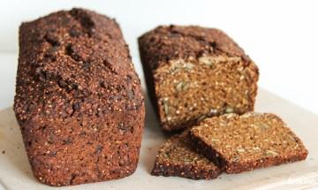 glutenfreies-schwarzbrot-mit-hefe-auch-fuer-kenwood-cooking-chef-5