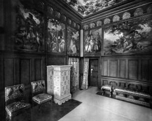 Ankleidezimmer / Toilettenzimmer (2) – Schloss Neuschwanstein, Königliche Wohnung