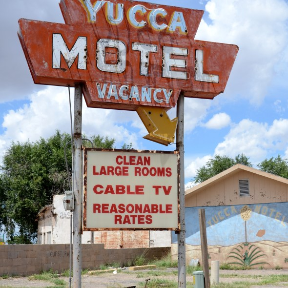 Yucca_Motel_Vaughn_New_Mexico_20160813