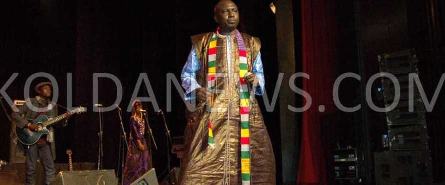 L'association Jenku Fuladu a fait vibrer Daniel Sorano au son du Hiiro Fouladou  le samedi 28 Décembre 2013