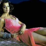 Actress-Mugdha-Godse-Hot-Stills-8