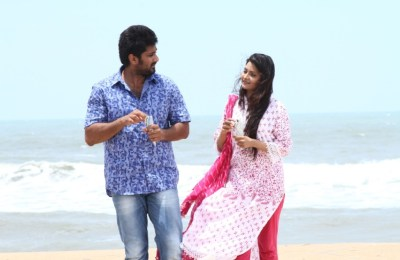 Andhamaan Movie Stills (23)