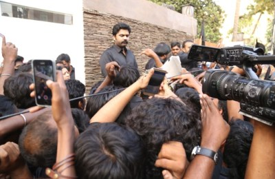 STR SILENT PROTEST AGAINST JALLIKATTU BAN (9)