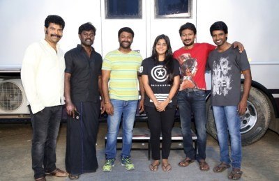 Udhayanidhi - Manjima Film Shooting Wrap Up Stills (3)