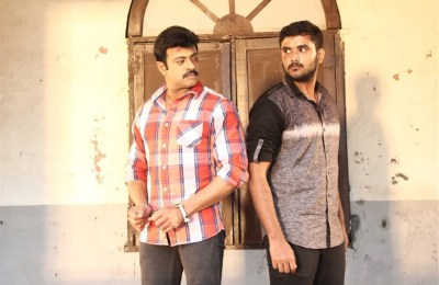 Vilayattu Arambam Movie Stills (12)