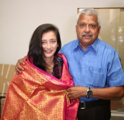 Actress Akshara Haasan at Knack Studios (3)
