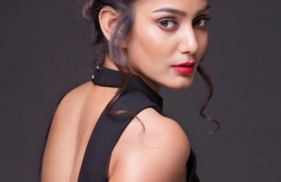 Photoshoot Images of Actress Sana of Rangoon Frame (2)