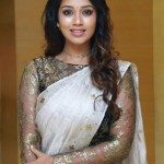 Actress Nivetha Pethuraj (13)