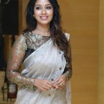 Actress Nivetha Pethuraj (16)