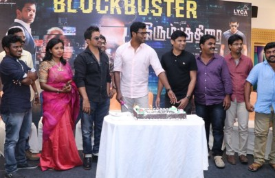 Irumbu Thirai Movie (25)