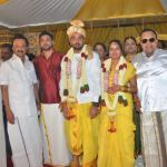 vasu-vikram-daughter-wedding-stills (13)