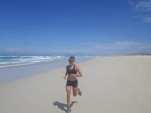 Myriam Guillot sur la plage