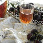 Εύκολο Λικέρ Κεράσι με τα Κουκούτσια και Συρόπι από Γλυκό του Κουταλιού
