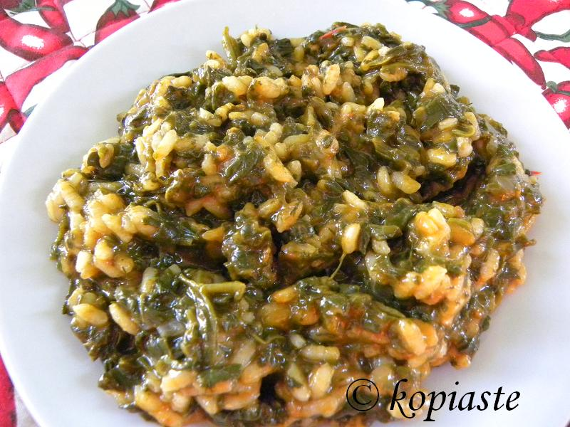 Spanakoryzo spinach and rice