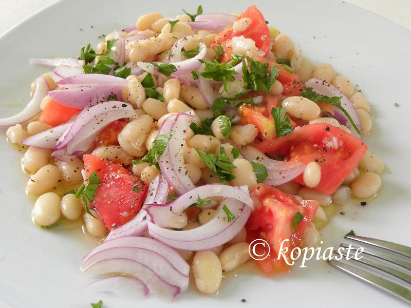 White beans salad
