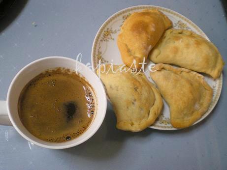 kolokotes-with-coffee