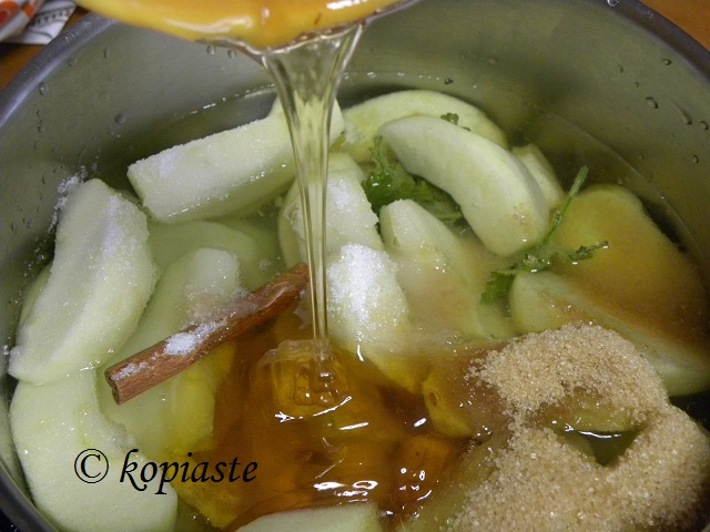 Apple Jam adding honey