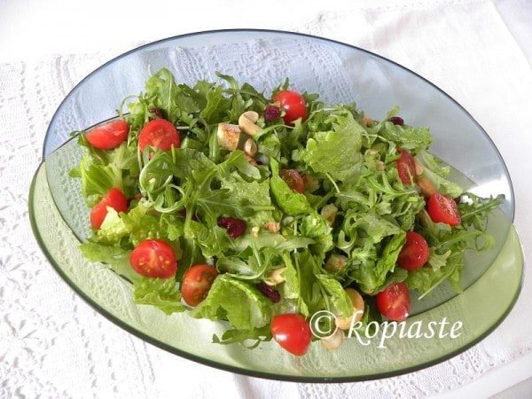 Rocket-and-lettuce-salad-600x450