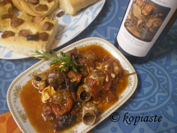 Snails in tomato sauce 2