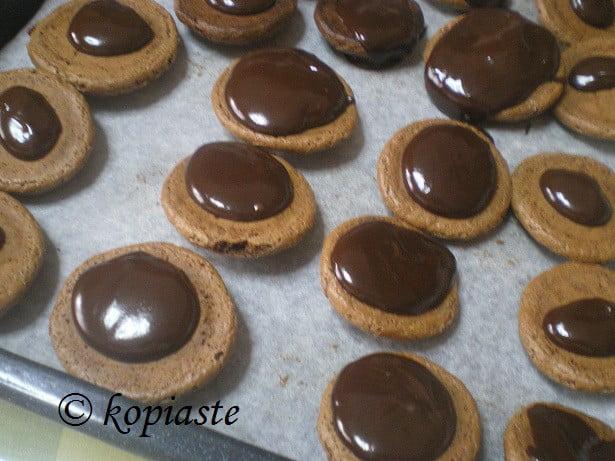 Chocolate amygdalota style cookies2