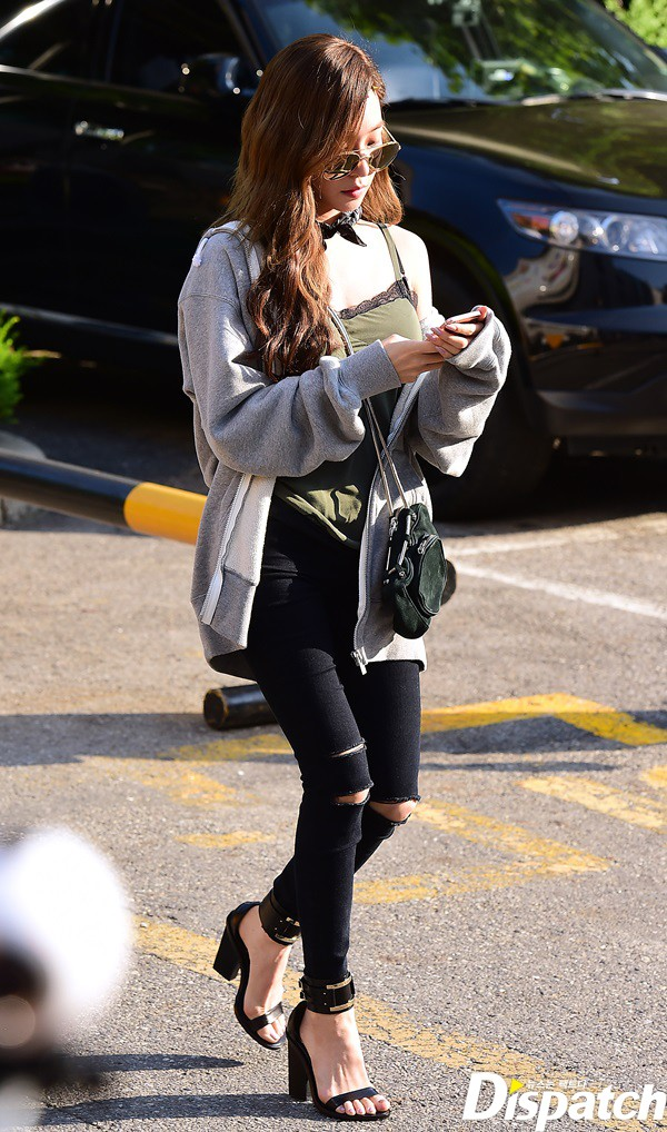 Image: Girls' Generation Tiffany / Dispatch