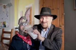 Für faszinierende Familienfeiern: Bauchredner und Comedyzauberer Micha