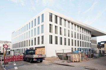 Nähe, Vertrauen, Transparenz - Die Volksbank Krefeld stößt in ein neues Zeitalter