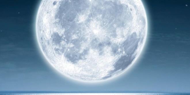 huge-moon