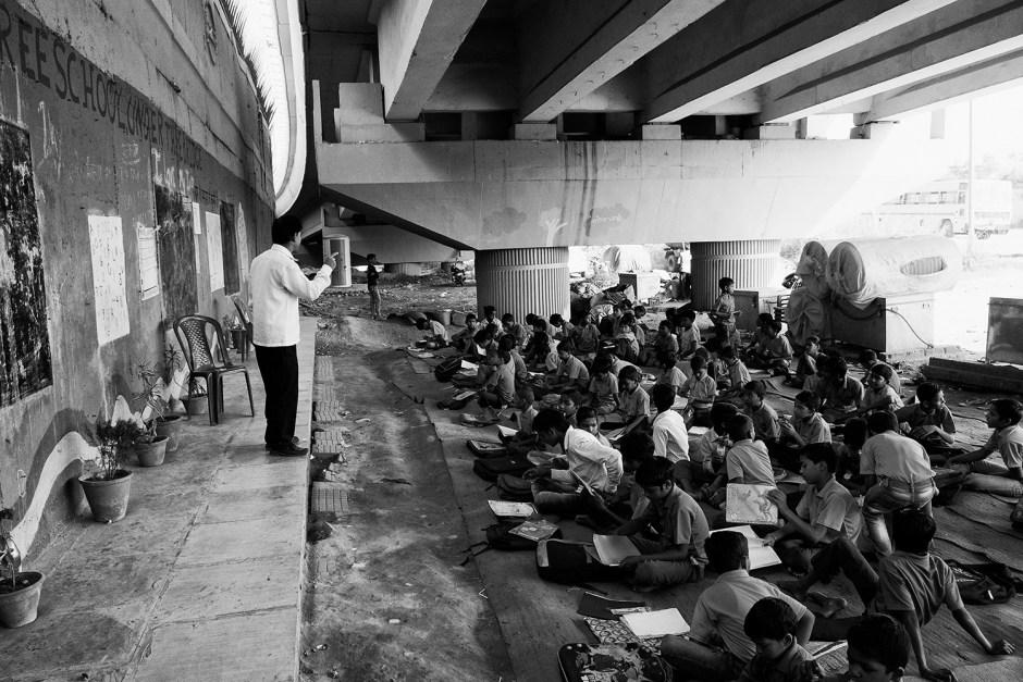 Kshitij Nagar - Free School Under The Bridge © Kshitij Nagar 2015