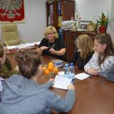 """Spotkanie dziennikarzy """"Dwójeczki"""" z Wójtem Gminy Małkinia Górna Panią Bożeną Kordek"""