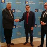 Umowa na rozbudowę ul. Maczka podpisana – powstanie nowa nawierzchnia i ciągi pieszo-rowerowe – bezpieczniej do szkoły i do pracy
