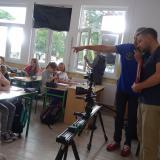 Ekipa filmowa w Szkole  Podstawowej Nr 1 w Łochowie