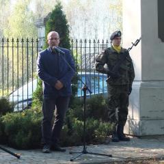 """Mieszkańcy gminy Poświętne i powiatu wołomińskiego, oddali hołd majorowi """"Hubalowi"""" i jego żołnierzom"""